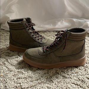 Rocket Dog skater shoes NWOT 8.5